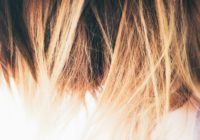 Haarfarbentferner dm mit blonden Haaren